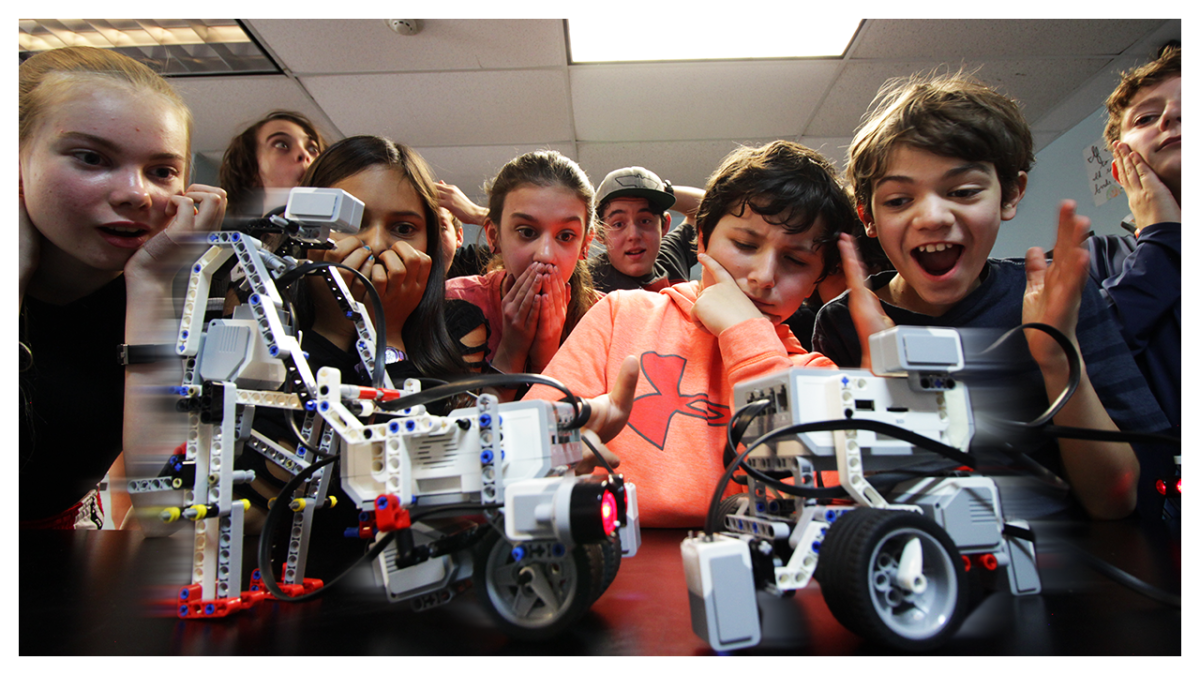 Building COLLISION AVOIDANCE Robots in Middle School Robotics
